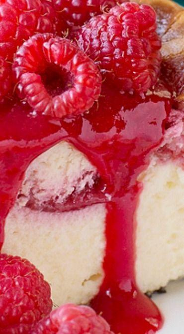 White Chocolate Raspberry Cheesecake
