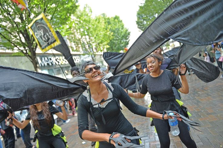 Click for full size City Arts troupe in Nottingham Carnival parade