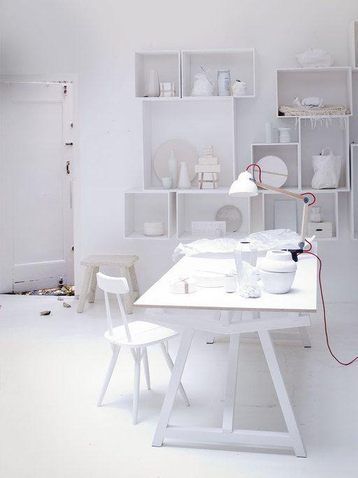 White workspace | photographer: Jeroen van der Spek styling: Cleo Scheulderman | vtwonen januari 2013 #vtwonen #magazine #interior #workspace #white