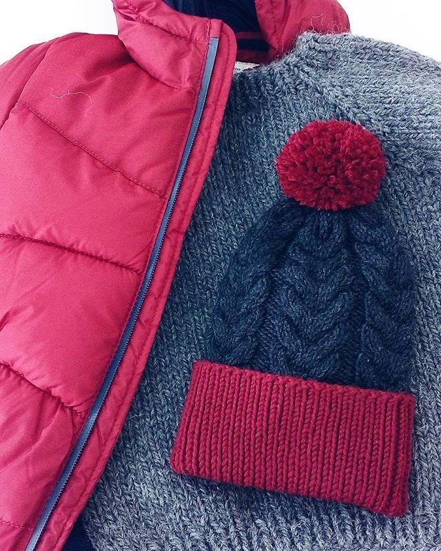 WEBSTA @ svet_dream - Всем хэлоуя к вам с новой шапкой #dream_babyboy_hat Как и обещала - ничего лишнего просто и стильно можно повторить для вашего малыша в любом другом сочетании цветов состав 100% мериносовая шерсть очень мягкая и теплая шапочка✌--------------------------------------------------------------С рекламой закончили теперь можно со спокойной душой идти петь колыбельные