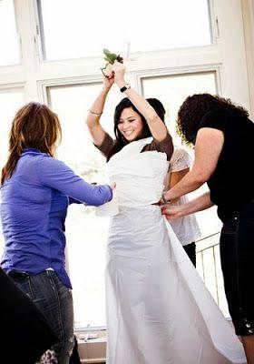 Toilet Paper Game: Bridal Shower Games. http://memorablewedding.blogspot.com/2013/12/fun-bridal-shower-games-5-ideas-for.html