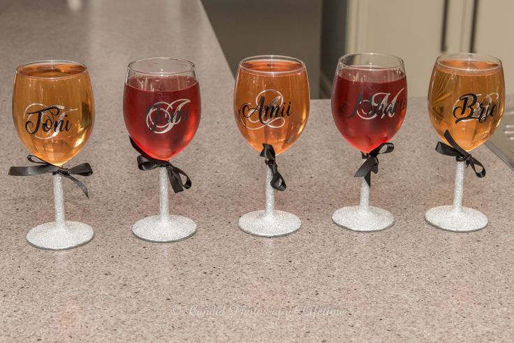 Wedding photographer, Candid Photos of a Lifetime - the personalised glassed for the Bridal Party ladies