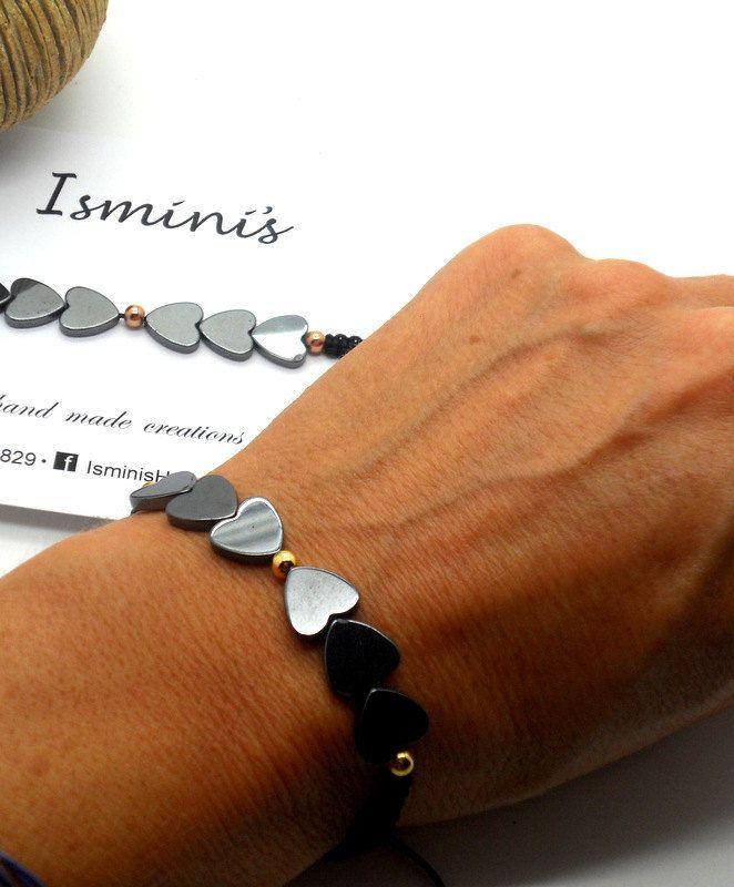 Macramé bracelet with hematite hearts by IsminisJewelryStore on Etsy