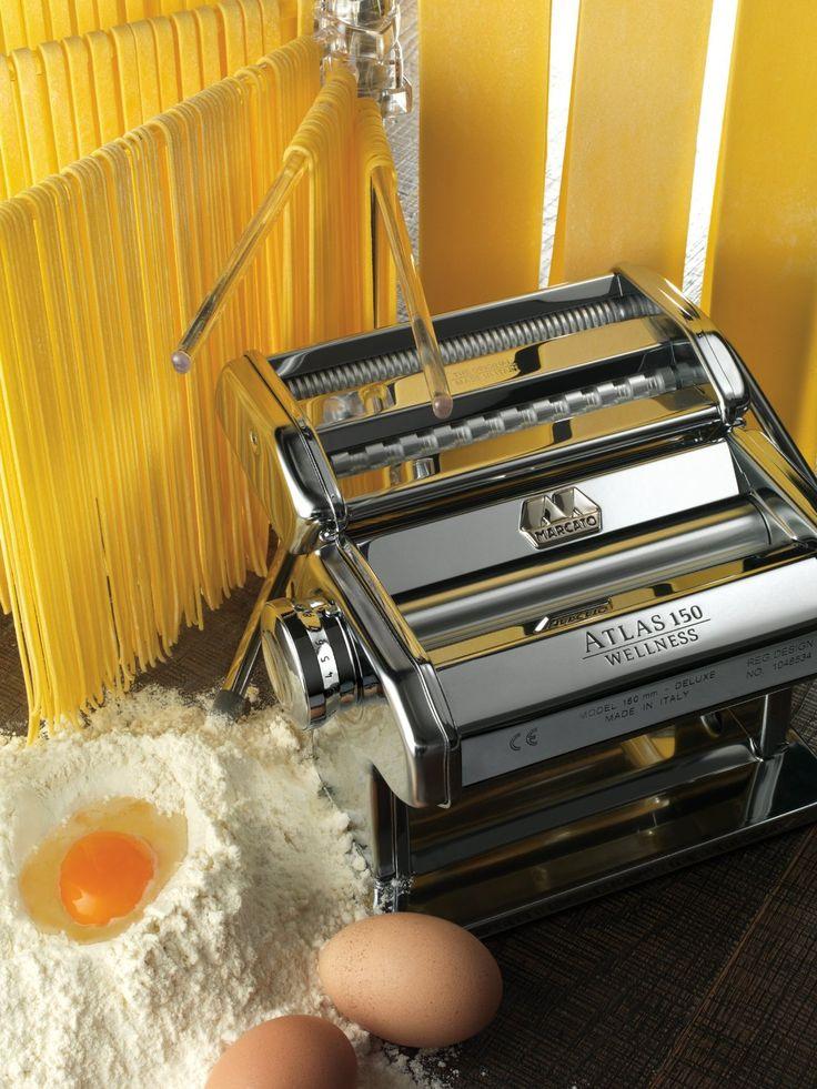 Mit Der Nudelmaschine Werden Hausgemachte Pasta Perfekt. Erhältlich Bei  Amazon
