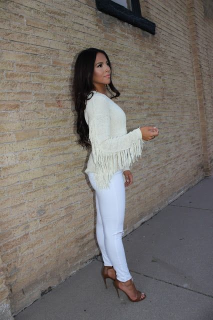 Sweater time is coming. Simple fringe