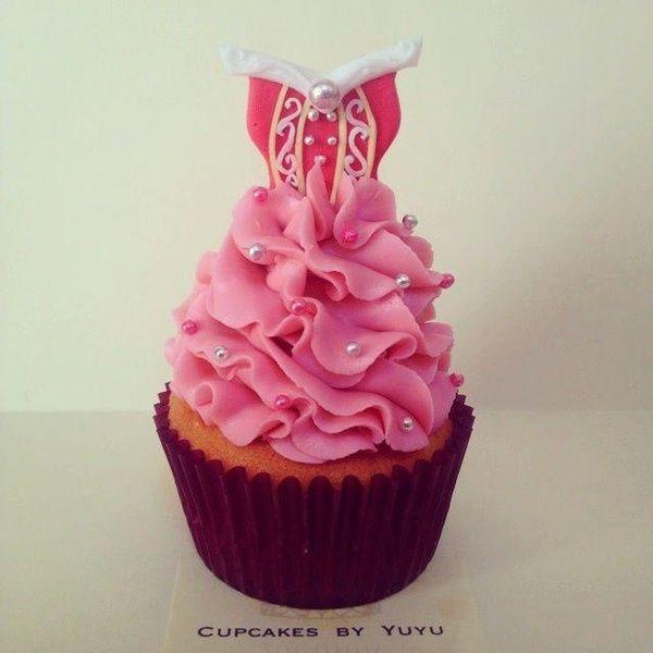 Sleeping Beauty Cupcake - Edible Art