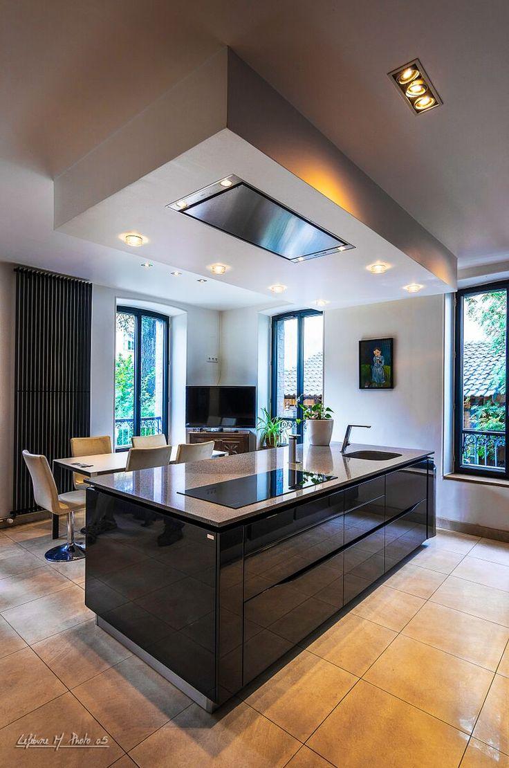 25 b sta id erna om faux plafond cuisine p pinterest cuisine ouverte ilot k k och maison design. Black Bedroom Furniture Sets. Home Design Ideas