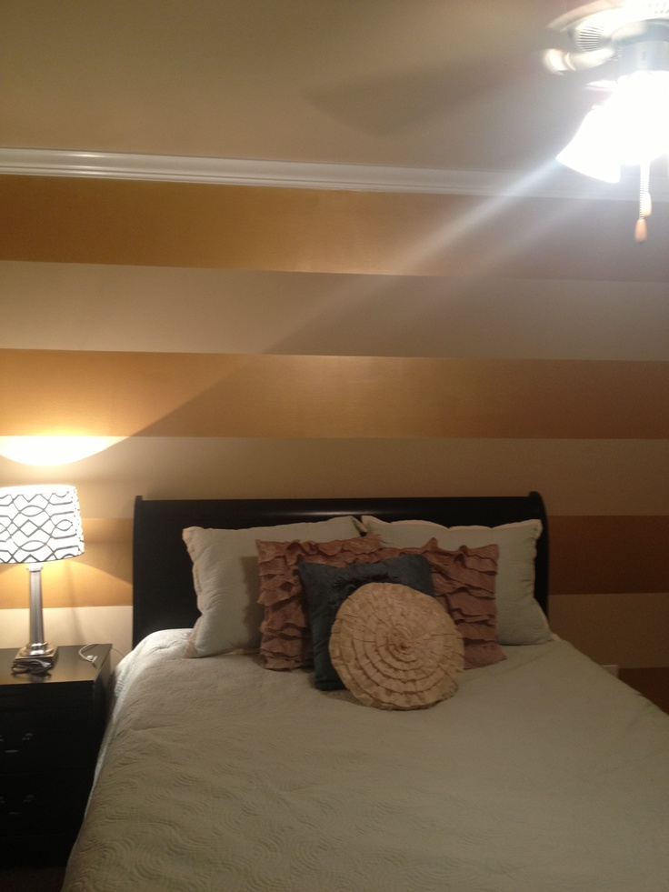 Best Gold Striped Walls Ideas On Pinterest Decorating Teen - Striped accent walls bedrooms