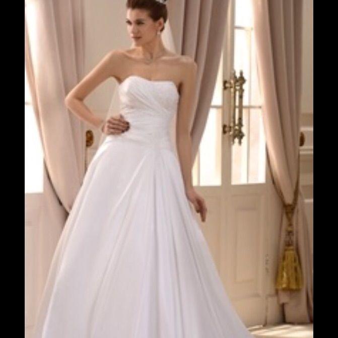 *Price Firm*Nwt Beach Wedding Dress