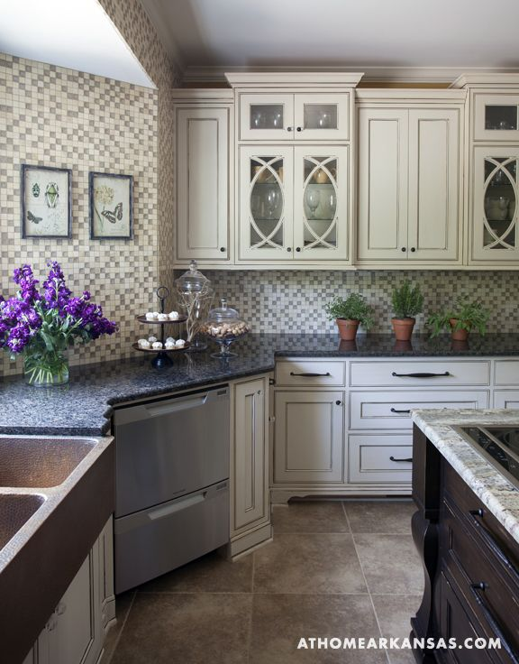 Design by Helen Lockhart | Photography by Nancy Nolan | http://www.athomearkansas.com/article/modern-day-rustic# #kitchen #traditional #rustic: At Home, Glasses Tile, Dreams Kitchens, Kitchens Updo, Galleries Kitchens, Italian Kitchens Appliances, Glasses Cabinets, Cabinets Doors, Arkansas