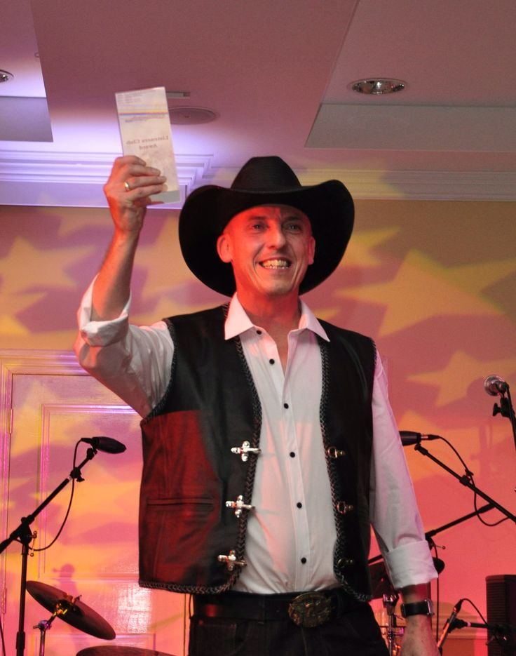 Wayne Jacobs Winner of ukcountryradio.com 2013 Listeners Club Award with his country song I Want My Daddy.