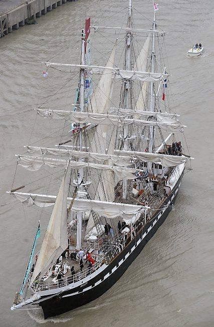 """Le trois-mâts  """"Belem"""" va naviguer sur la Tamise en juillet et août."""