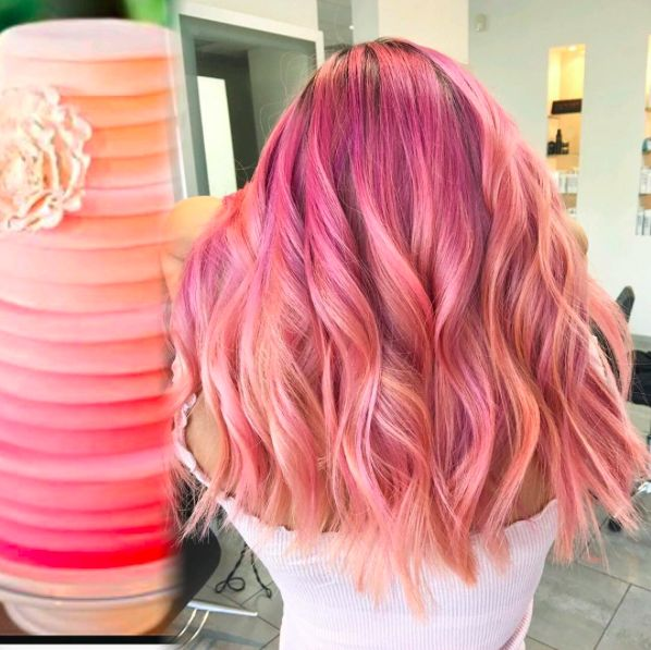 The Best Rose Gold and Dusty Pink Hair Dyes, According to Reddit http://maneaddicts.com/2017/09/28/best-rose-gold-hair-dyes-reddit/