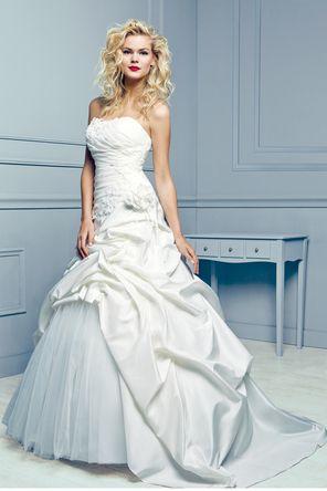 The 86 best Robe Mariée images on Pinterest | Bridal gowns, Wedding ...