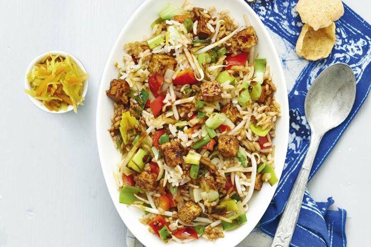 1 februari - atjar tamoer, cassave kroepoek, sambal manis en Chinese roerbakmix in de bonus - Recept - Allerhande