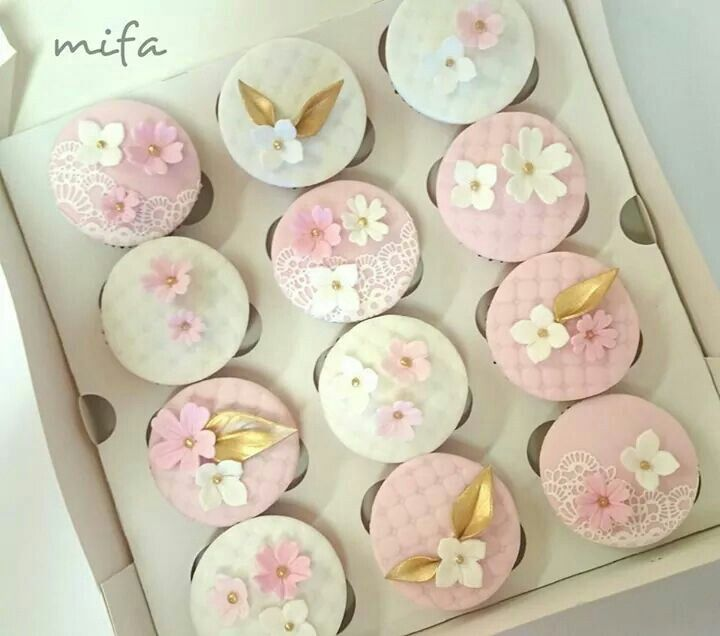 Wedding cupcakes by Mifa