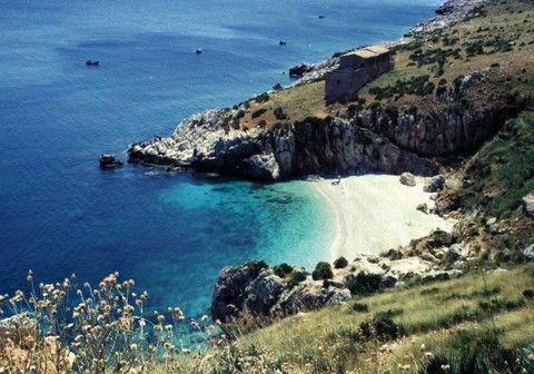 www.tourdelgolfo.com spiaggie e calette