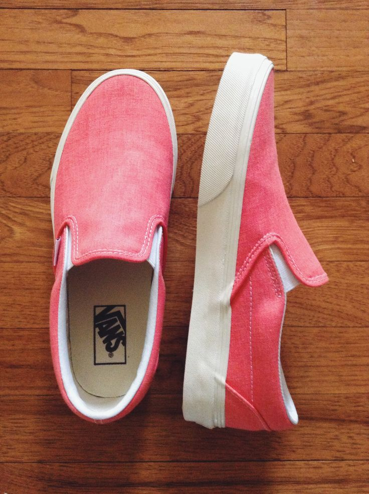 slip-on hot coral vans