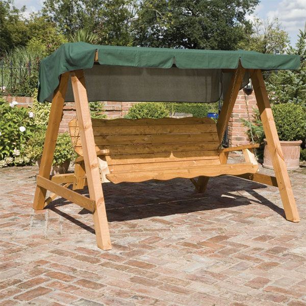 PALLET GARDEN SWING SEAT ~I want to swing on this :)