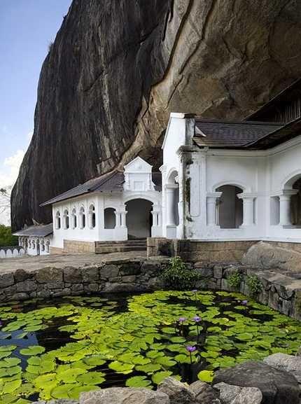 Dambulla Cave Temple, Sri Lanka (www.secretlanka.com)