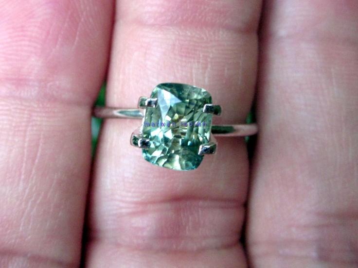 Green Sapphire 2.10 Cts - 7.79 x 6.02 x 4.92mm