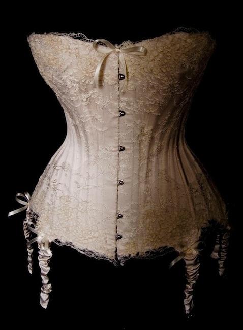 19 best images about grandma 39 s lingerie on pinterest for Wedding dress corset bra