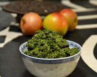 Gräddkokt grönkål är så gott! Varför äter man inte det oftare. Det blir nästan bara när julmaten ska förberedas som grönkålen kommer fram. Det är synd; den lite bittra smaken hos grönkålen mjukas u…
