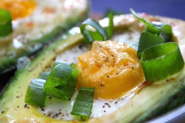 Avocado met ei uit de oven #glutenvrij #lactosevrij #vegetarisch #suikervrij