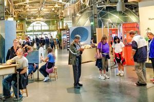Visitors at the Exploratorium - ©Betsy Malloy Photography
