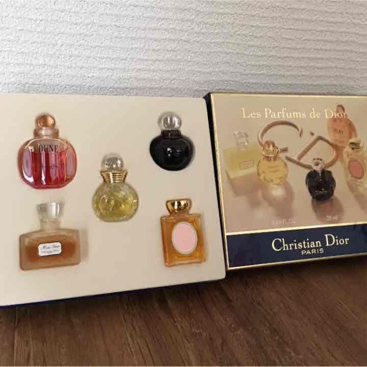 メルカリ - 専用Dior ミニボトル香水セット 箱付き 【香水(女性用)】 中古や未使用のフリマ