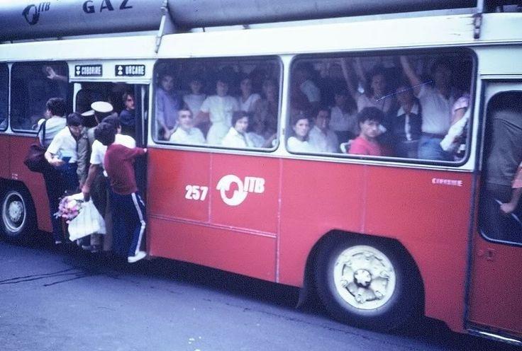 Sure hard to forget..., DAILY work comute, Bucharest, 1984, Autobuzele-bombă supra-aglomerate în București - 1984