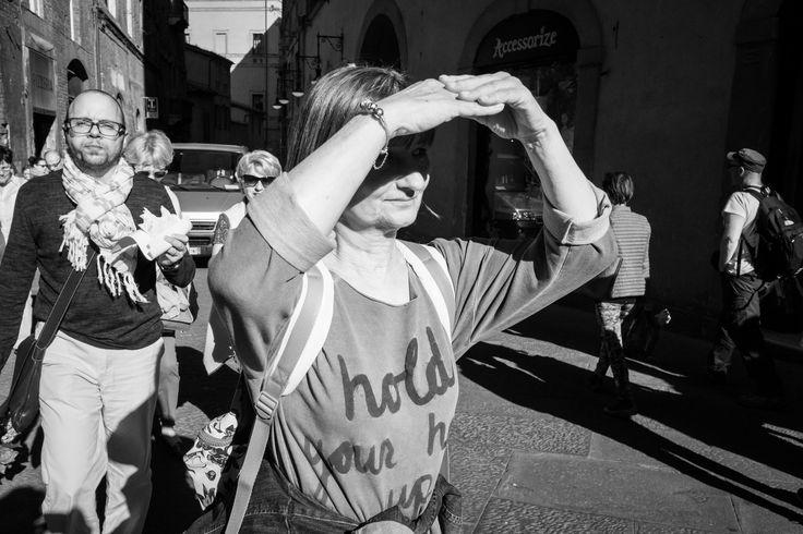 #sun #walking #sunshine #hold #arms #hands #eye #open #look #fuji #fujilovers #street #streetphotography #fujifilmitalia #fujifilm #x70 #fujifilm_xseries #xseries #light #fujixseries #black #white #bigmac #hamburger #hungry