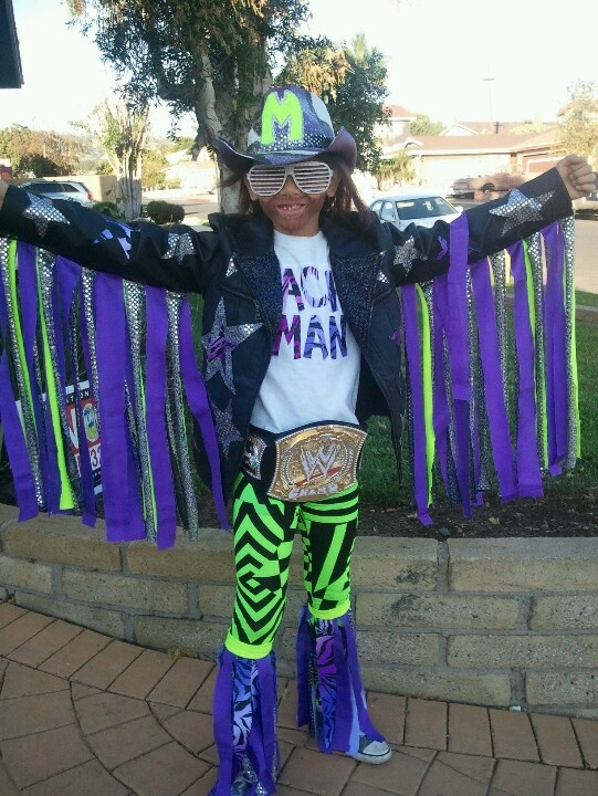 Halloween Costume 'Macho Man Randy Savage'
