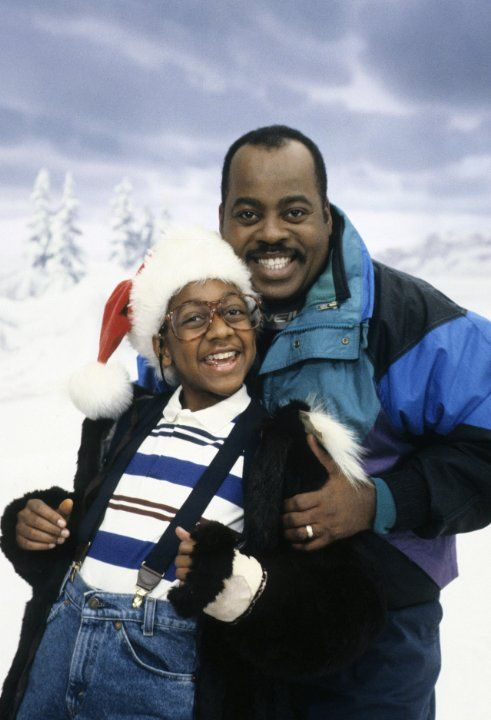 Reginald VelJohnson and Jaleel White in Family Matters (1989)