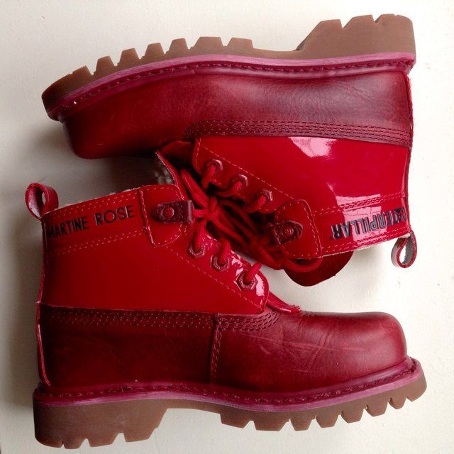 * reserved * Caterpillar X Martine Rose exclusive red lace-up ankle boots. UK Size 3, Eu 36. Never been worn builder-style boots from the Cat and Martine Rose collaboration. Patent detail with leather upper and shearling inside. Perfect condition. RRP £110. #caterpillar #martinerose #boots #patent #leather