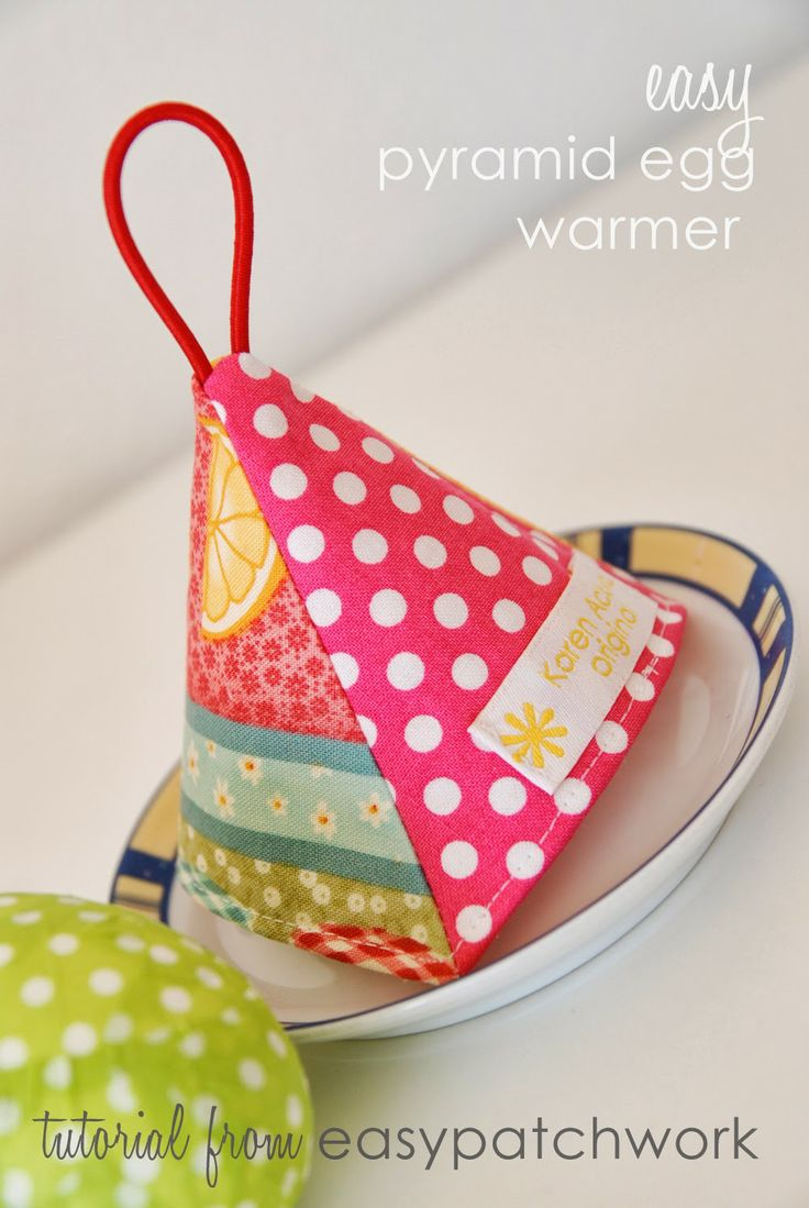 easypatchwork: easy pyramid egg warmer - a free tutorial
