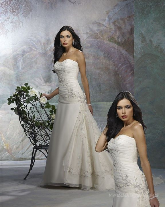 Wedding Dress available second hand from Designer Resale Cape Town #512 originally purchased from The Wedding Box - Forever Yours Import