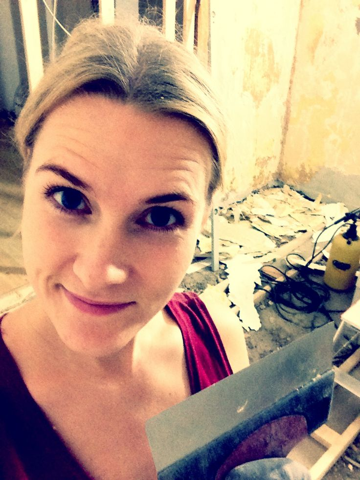 Week 5 - Me, tearing down all #wallpaper #renovation #appartment