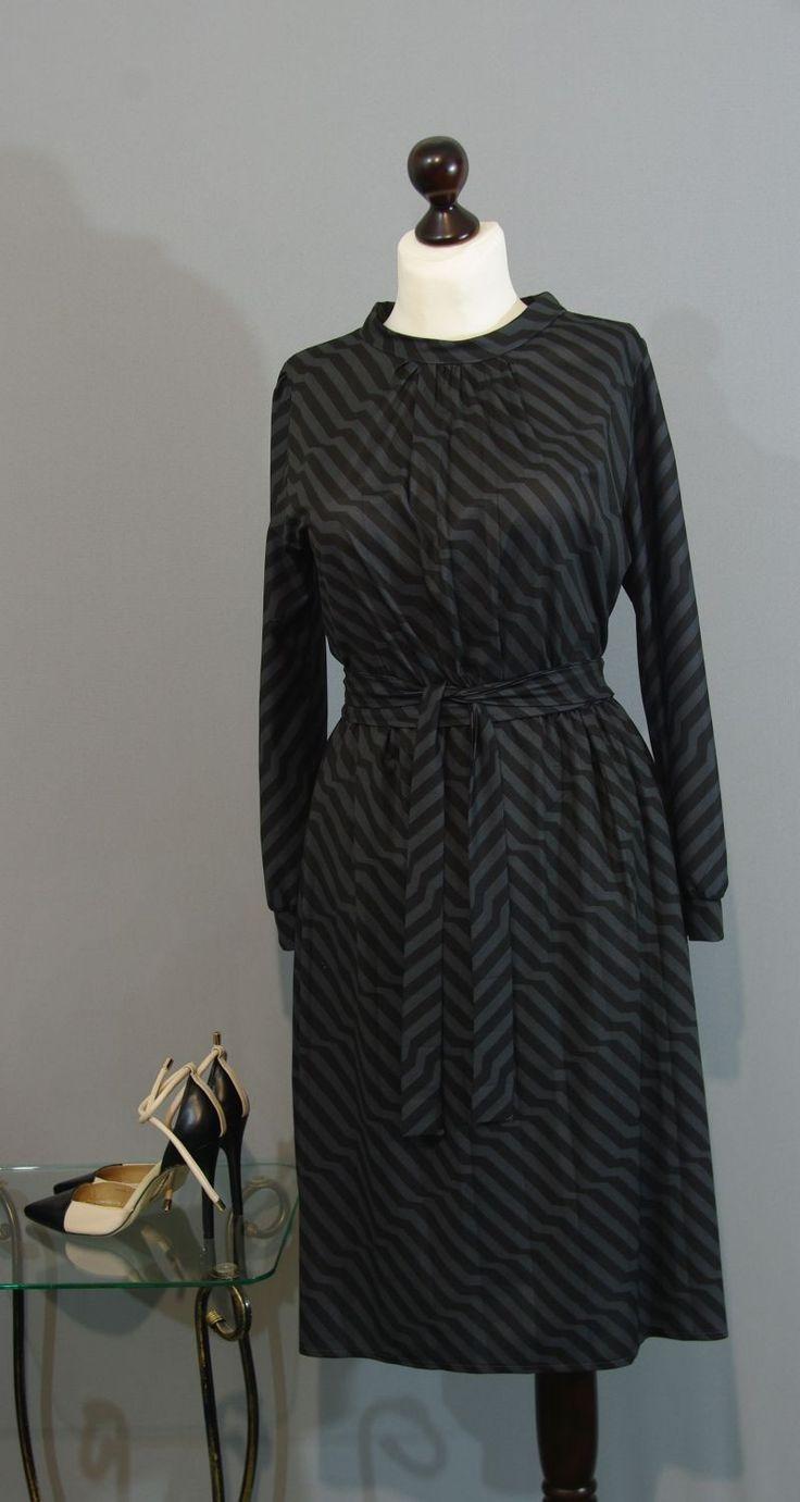 темно-серое платье фото