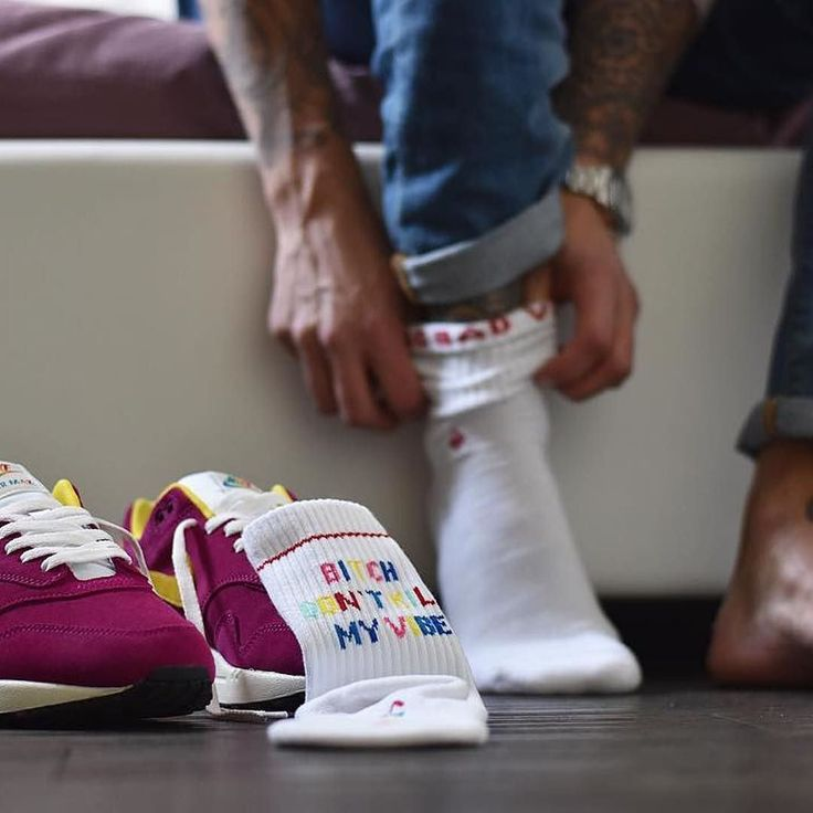 Good vibes today! #BDKMV thx to  @am1_kapi1983 for this great shot of our socks!  Socks available at www.jclay-socks.com  Link in Bio    #jclay #teamjclay #airmaxalways #getswooshed #everythingairmax #wearyourair #airmaxclub #airmaxcity #airmax87 #airmaxsociety #sneakerfortune #sneakerfortune #airmaxfanatix #airmax1 #OGair #kickstagram #instakicks #airmaxclub #wdywt #airmaxrepost #womft #snkrhds #kicksonfire #snkrfrkr #airmaxfanatix #airmaxeveryday #kickstagram #airmaxday