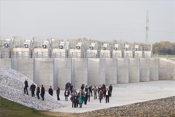 Tunyogmatolcs: Átadták a Szamos-Kraszna-közi árvízszint-csökkentő tározót