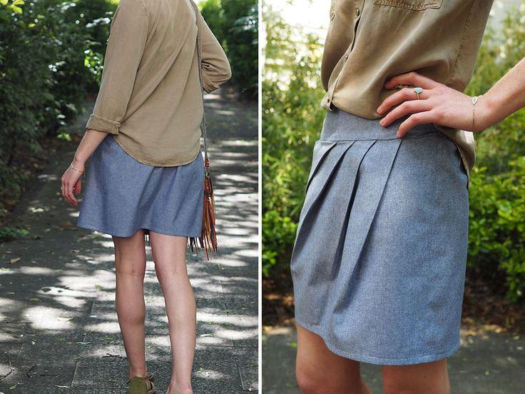 Je n'ai pas pu m'empêcher de vous la montrer samedi sur Instagram… Je vous en dis aujourd'hui un peu plus sur ma jupe 1001 perles (version C) d' Ivanne S. J'ai eu un véritable coup de cœur pour cette jupe aux plis asymétriques. C'est bien simple : dès que j'ai vu la version solaire d'Ivanne …