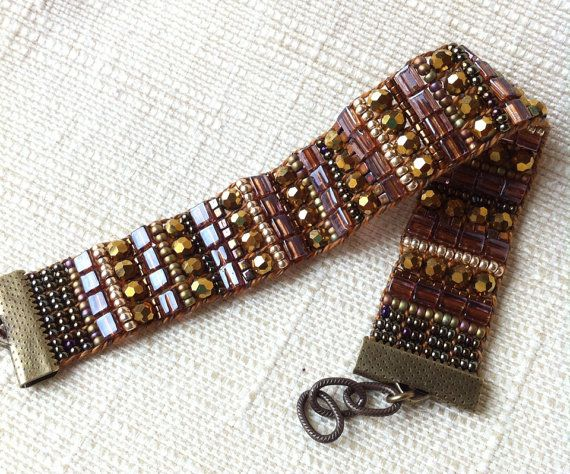 Loomed beaded bracelet by NancysCrystalJewelry on Etsy