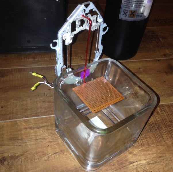 Maker builds a DIY SLA 3D printer for less than $30. #Atmel #3DPrinting…