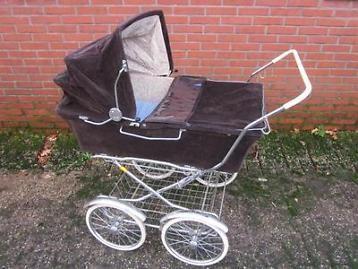 mooie antieke kinderwagen voor tweeling!