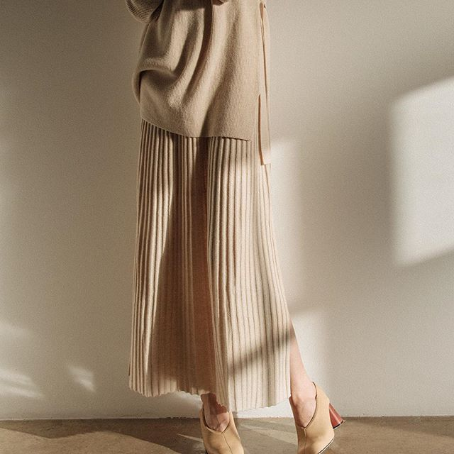 A time for taupe. Shop link in bio #sweater #skirt #beige #thedreslyn