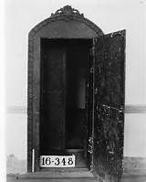 Old bank safe door, Tekahma, Nebraska