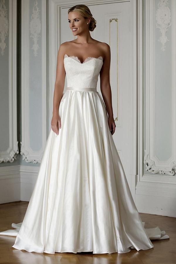 Augusta Jones Bridal dress | Augusta Jones Bridal 2016 - Sophistication is a very good thing!