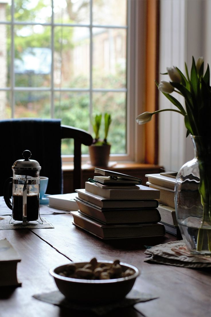 quiet coffee moment · Lisa Hjalt