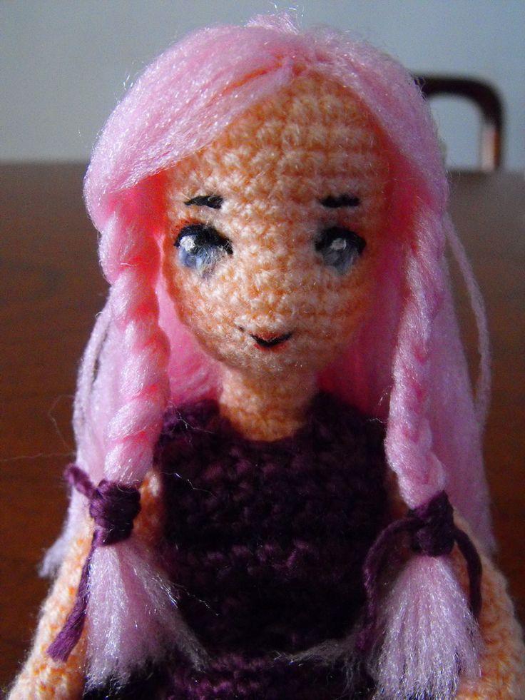 Mejores 179 imágenes de muñecas amigurumi en Pinterest | Muñeca ...